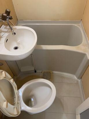 ゴミ屋敷浴槽の特殊清掃2